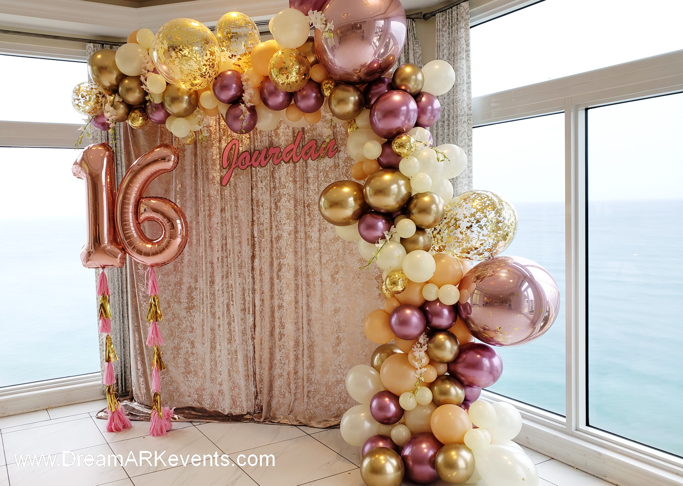 Rose Gold Organic Balloon Arch, confetti