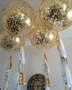Giant Clear Gold Confetti Balloon
