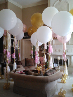 Big Withe Balloon and Tassel Garland