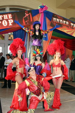 Cirque Showgirls