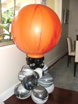 Halloween Balloon Column