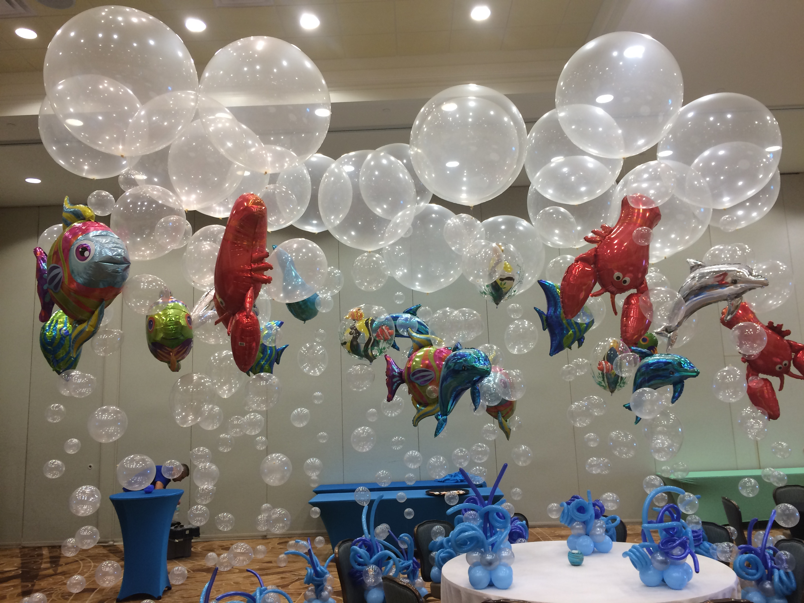 Bubble balloons and fish balloons