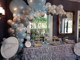 Organic flowers & balloons baby shower d