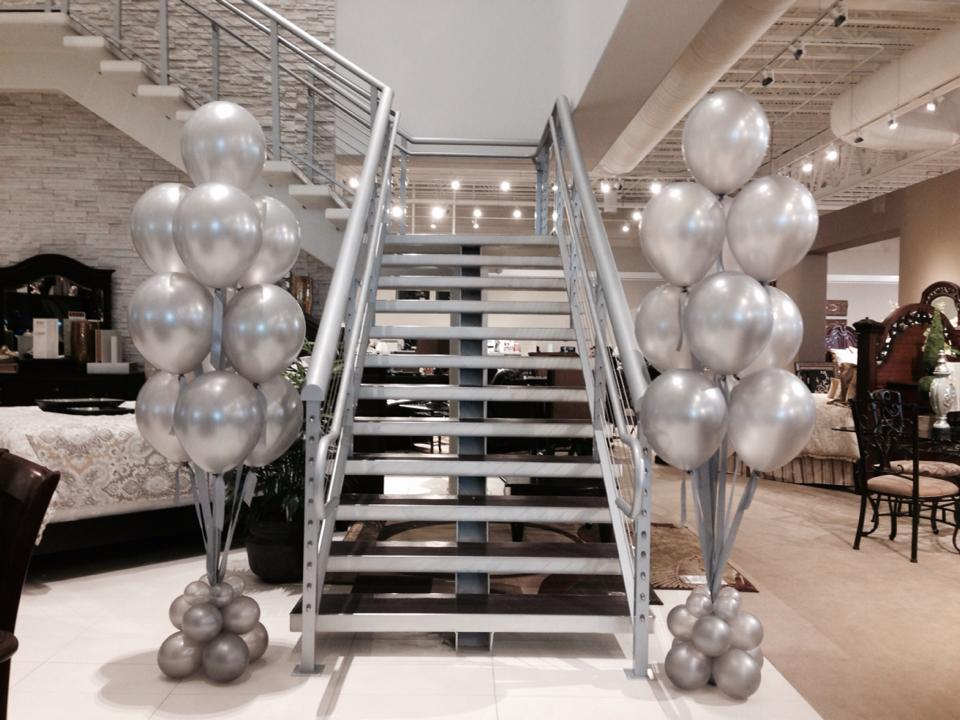 Big Pearl Silver Balloon Bouquets