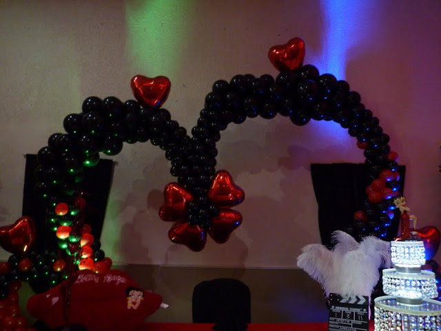 Unique Balloon Arch