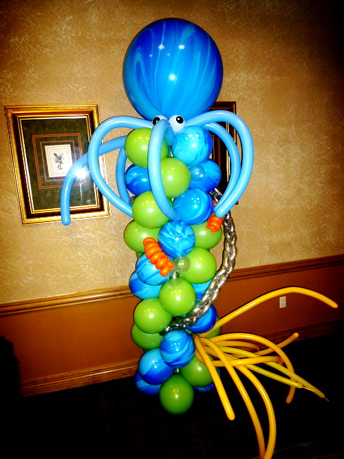 Octopus balloon column