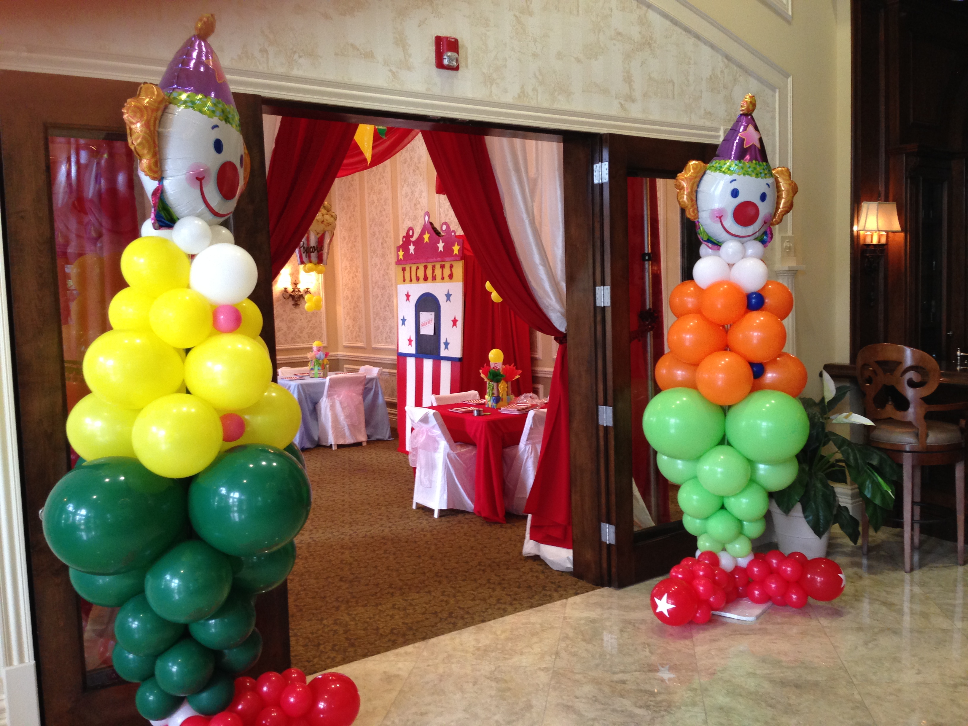 Clown Balloon Design