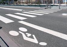 marquage au sol peinture routière norme PMR pose de mobilier urbain peinture thermoplastique