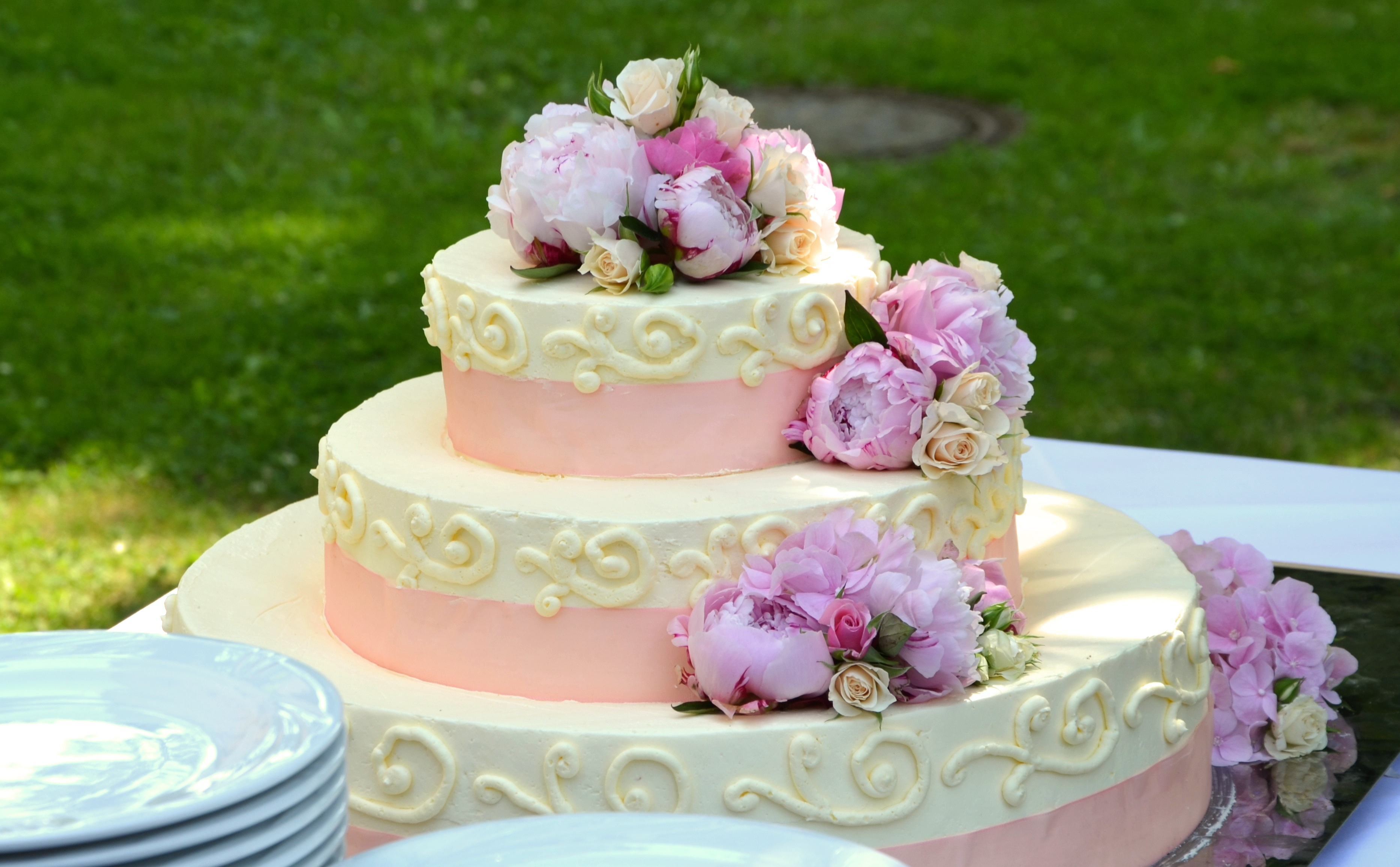 wedding-cake-639516
