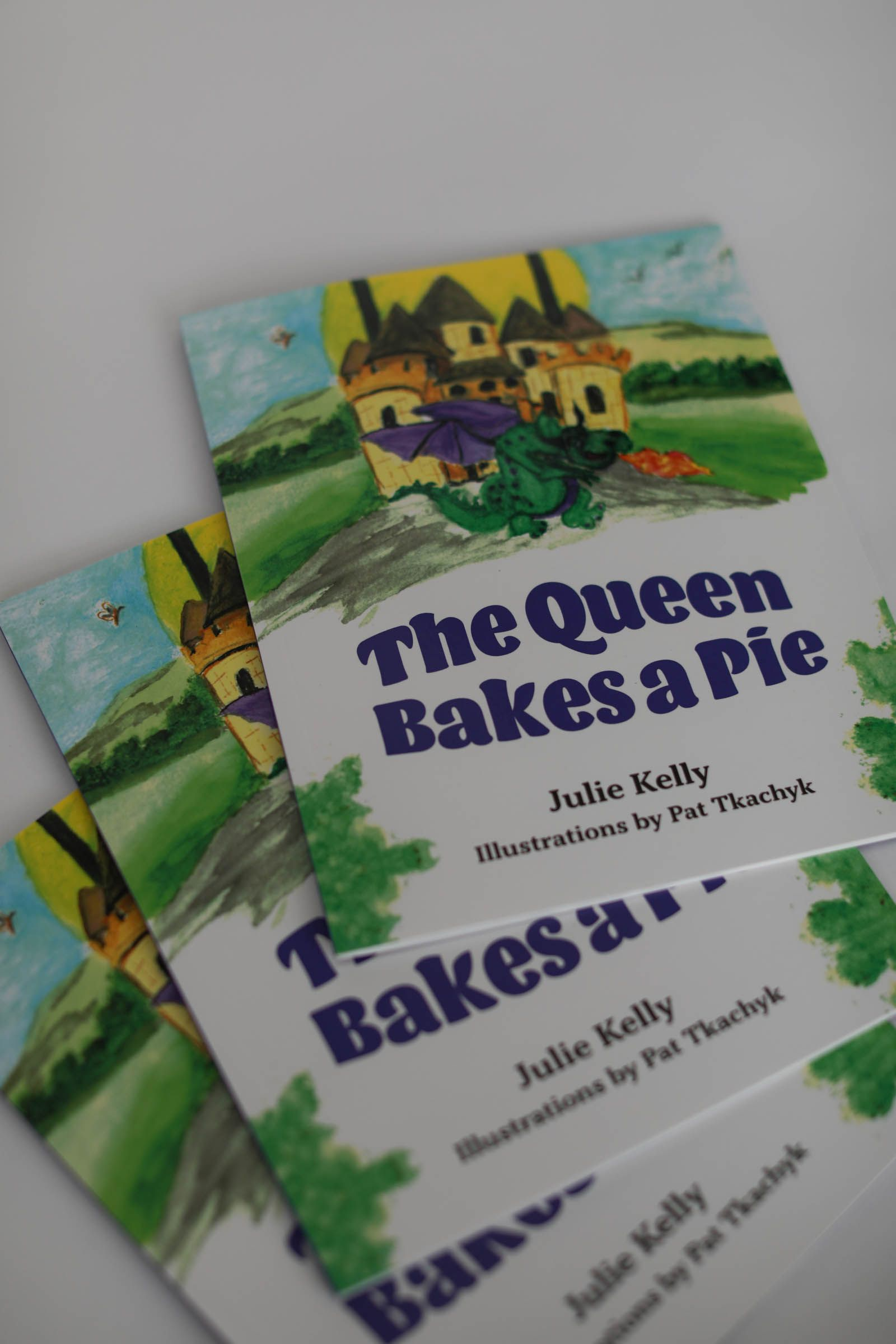 Screw Perfection: The Queen Bakes a Pie