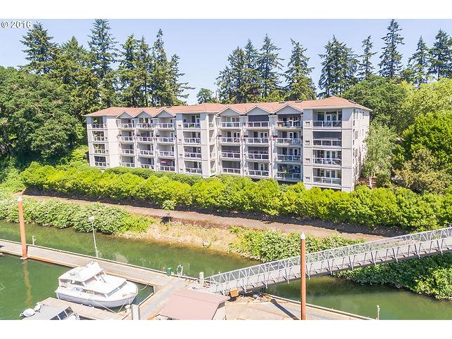Waverly Landing Condos, Portland Oregon