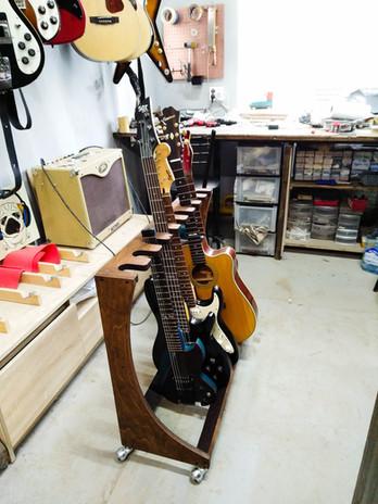 Стойка на 9 гитар