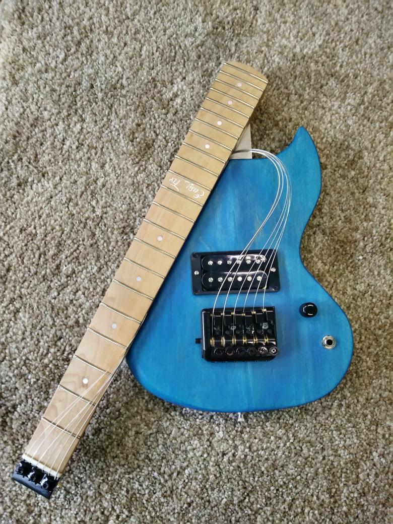 Easy Fold travel guitar Ocean Drive