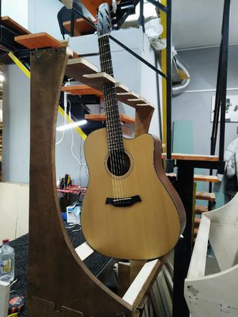 guitar rack 18