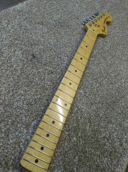 Гриф Fender 72''.jpg