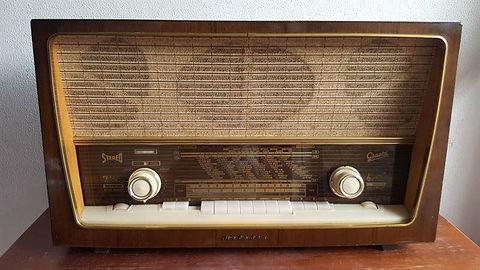 radio-antigua-a-válvulas-graetz-melodia-