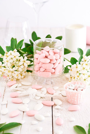 Dragees roses et blanches