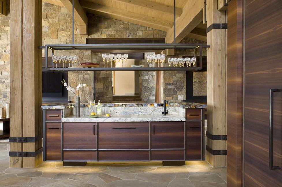 Mountain Modern Kitchen Bar