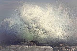 Waves in Nice