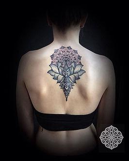 dotwork tattoo, mandala tattoo