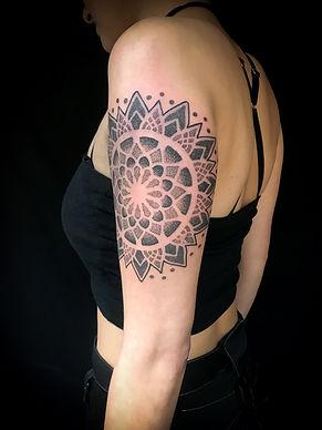 stunning dotwork tattoos, mandala tattoos, blackwork tattoos, feminine tattoos, camden tattoo artists, best tattoo studios in camden, best tattoo studios in holloway, best tattoo studios in london, best dotwork tattoo artist in london, dotwork tattoo artist in goa, dotwork tattoo artist in new zealand, top tattoo studios in london, best geometric tattoo artist in london, geometric tattoos, best mandala tattoo artist in london, goa, new zealand