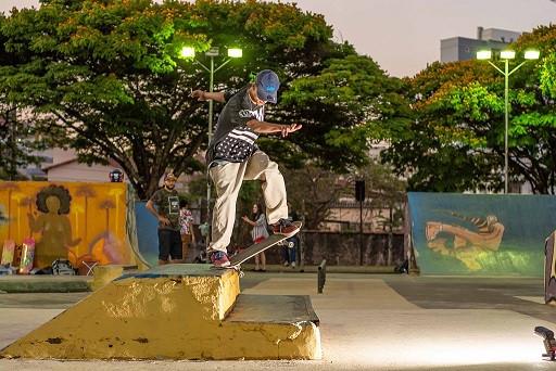 skate8.jpg