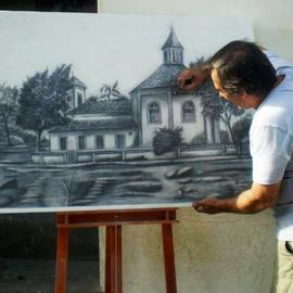 Artista pinta a Passos Antiga em bico de pena