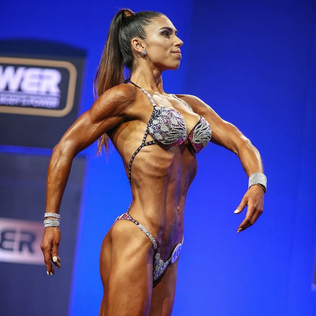 Tatiana Costa - categoria de Bodyfitness - Bodypower em Inglaterra.