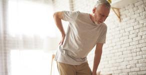 Người già đau lưng, nên làm gì?