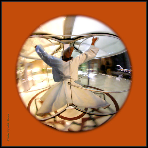 Whirling Dervish - Derviche Tourneur