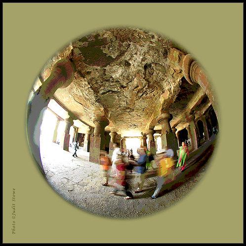 In the Cave #1 - Dans la Grotte #1