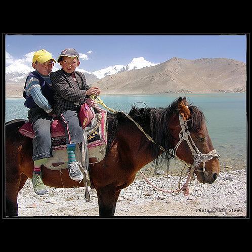 Boys on Horse - Garçons sur Cheval