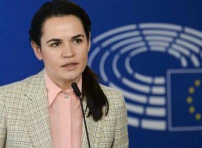 Светлану Тихановскую публично отчитали в Европарламенте после ее выступления