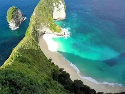 о.Бали анонсировал дату приема иностранных туристов