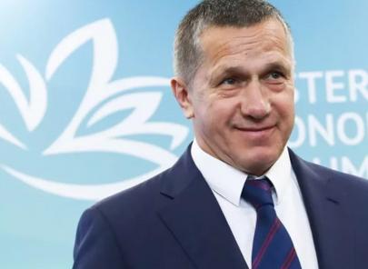 Трутнев с годовым доходом в 180 млн. рублей заявил, что на ДВ созданы комфортные условия для бизнеса