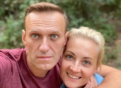 Навальный впервые публично обратился к Омским врачам и пилотам, которые его спасли