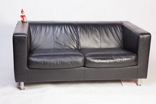 #203 / 2er Sofa, Machalke Polstermanufaktur, Leder schwarz