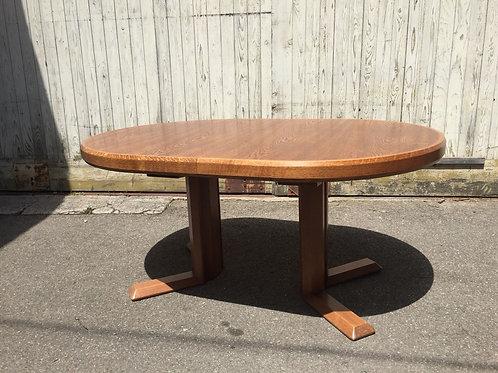 #252 Tisch, massiv Holz Eiche, hochwertige Qualitätsarbeit