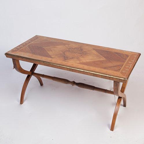 #251 / Salontisch Holz furniert Intarsien