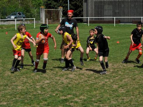 Stage de rugby pour la première semaine des vacances de TOUSSAINT à Launaguet!