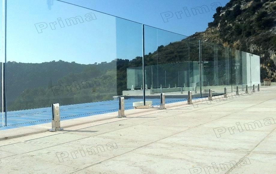 frameless-glass-railing-glass-railing-sy