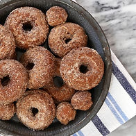 apple-cider-doughnuts-418-5ace517cff1b78