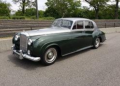 Classic-Bentley.jpg
