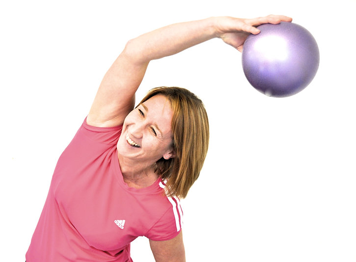 Jane%20with%20Pilates%20chi%20ball_edite