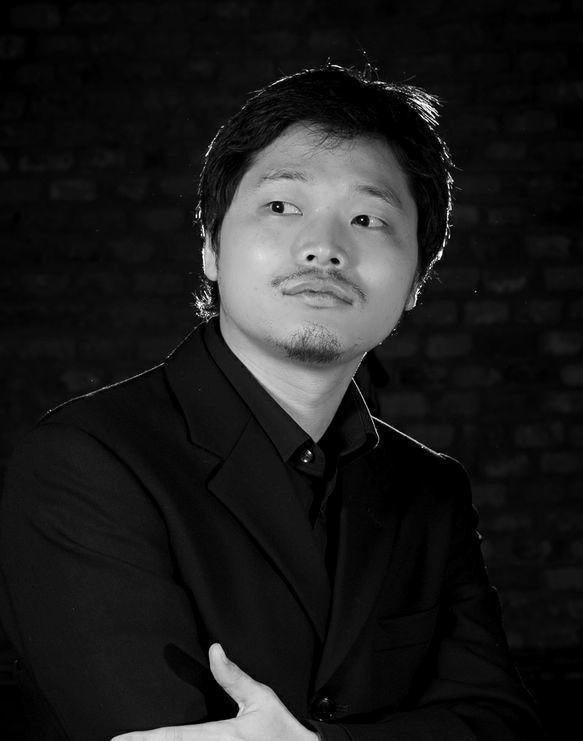 Koichi Okugawa - Cantante (Barítono)