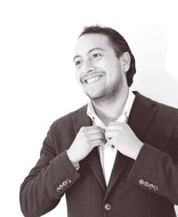 Fernándo Hernández - Cantante (Tenor)