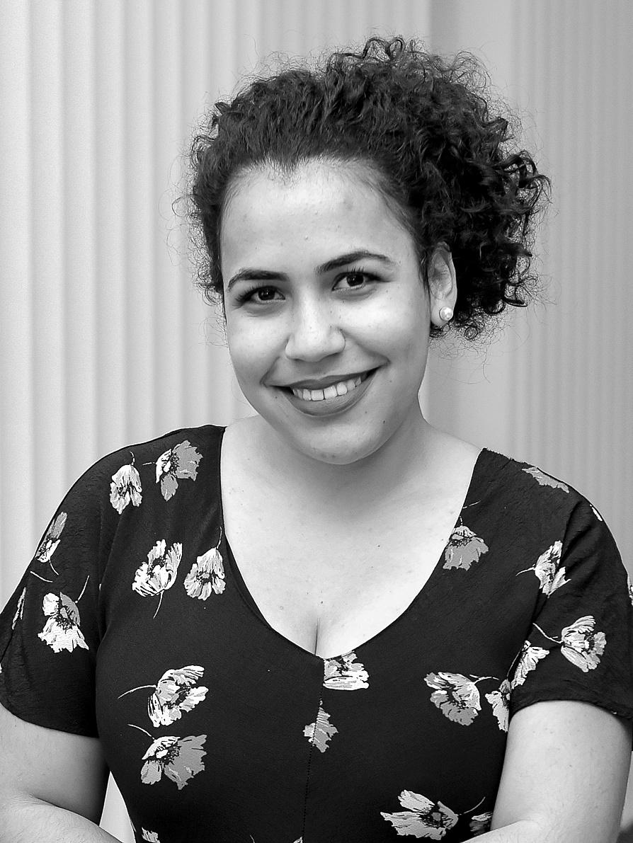 Mariela Salchinger - Traducción
