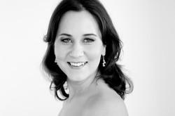 Olivia Kogler - cantante ( soprano)