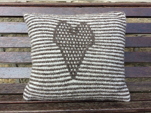 Kit - Pattern and Yarn - Knitted heart cushion.
