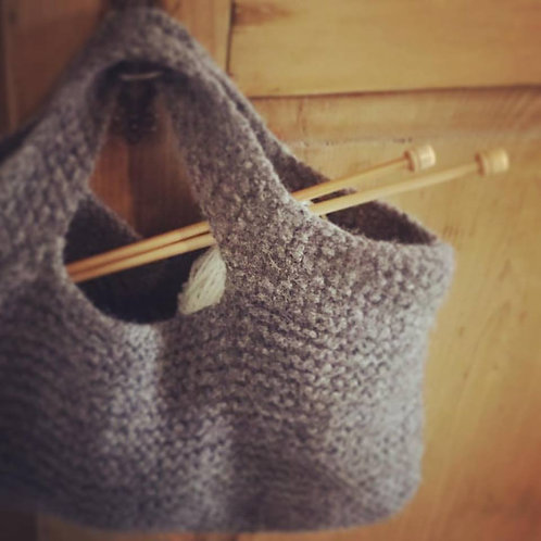 Kit - Pattern and Yarn - Knitted bag.